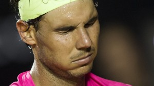 022115-TENNIS-Rafael-Nadal-reacts-after-missing-a-play-against-Fabio-Fognini-PI.vresize.1200.675.high.35