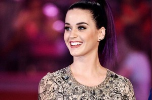 2297459-katy-perry-outrageous-outfits-617-409