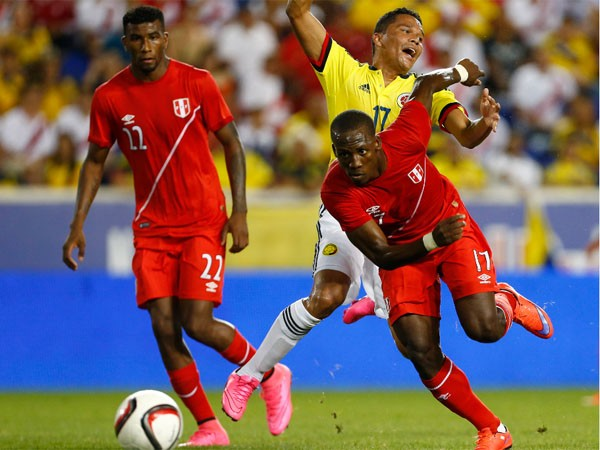 Noticia-146540-peru-vs-colombia-advincula