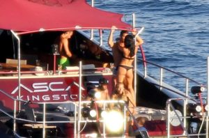 PAY-Cristiano-Ronaldo-enjoys-the-sun-the-ocean-and-the-company-of-some-female-friends
